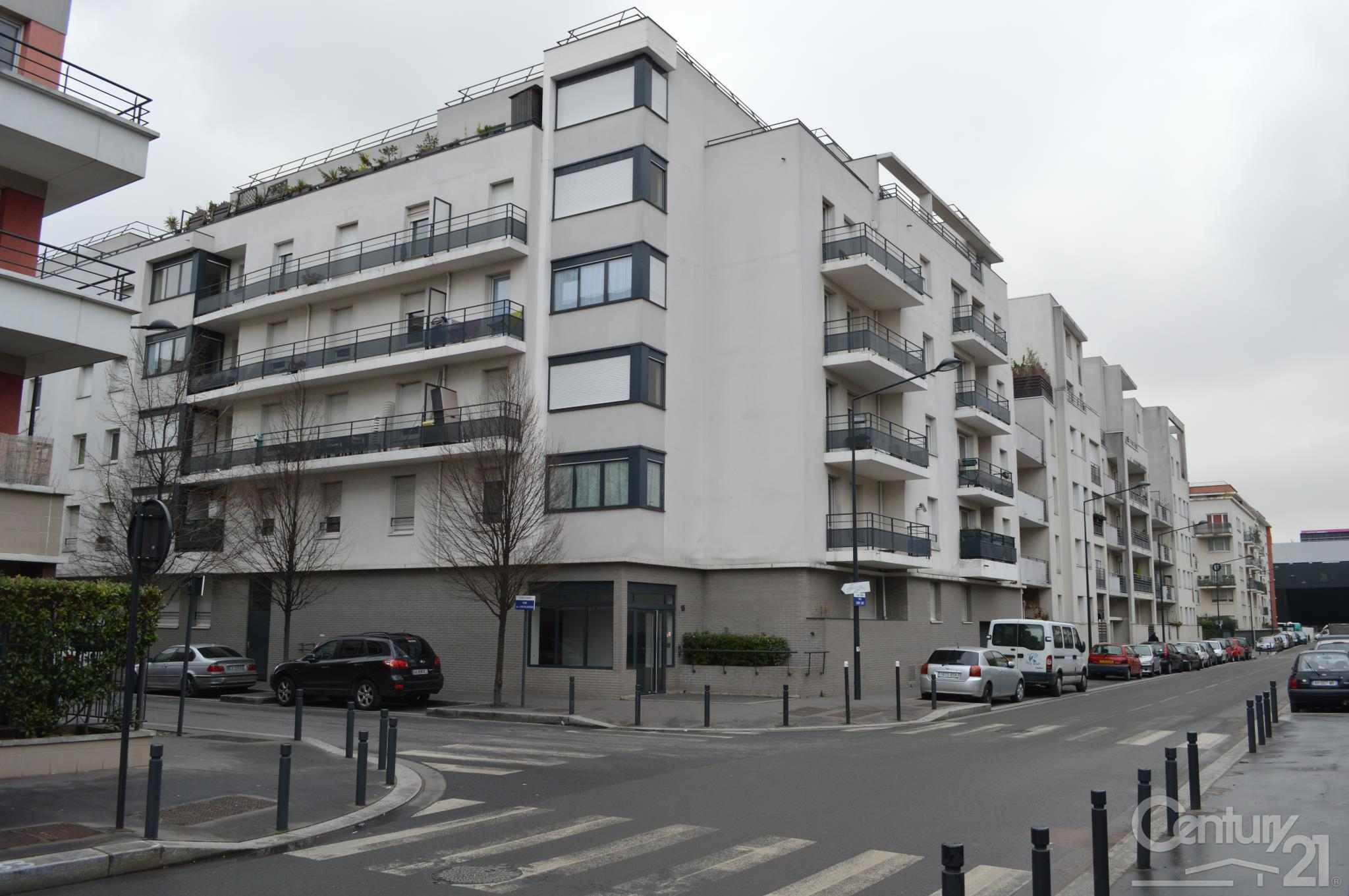 Appartement f4 louer 4 pi ces 72 m2 la plaine st for Appartement atypique a louer ile de france